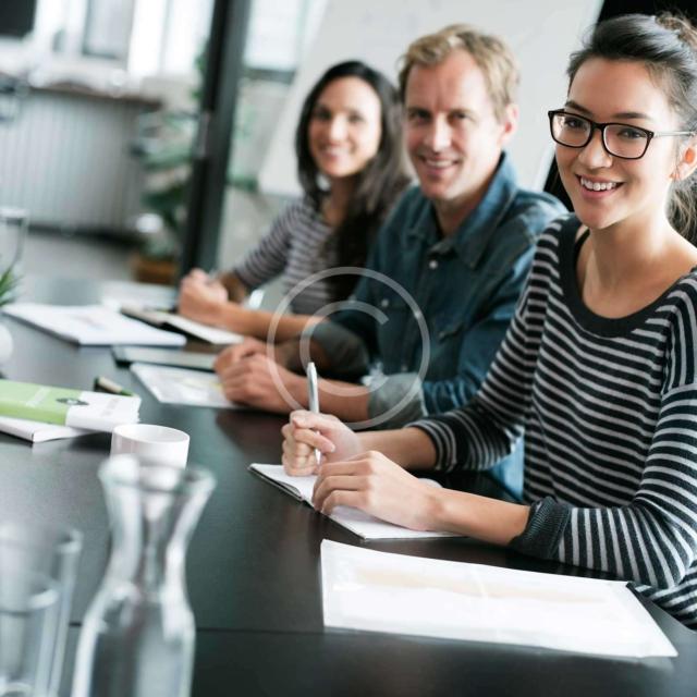 Salas de reuniones Y Aulas Formación